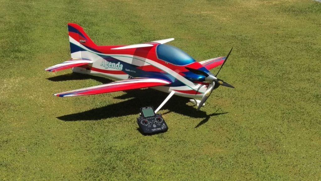 Matt Griffitt Airplane (2)